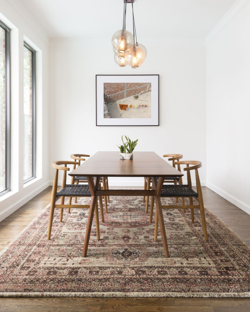 Area Rug to Elevate Your Dining Room