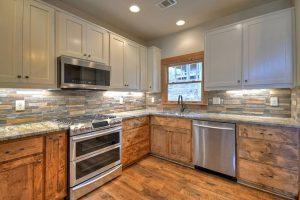 Kitchen cabinets and countertop | Dalton Wholesale Floors